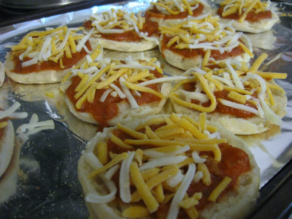 English Muffin Pizzas – Healthy & Fun!