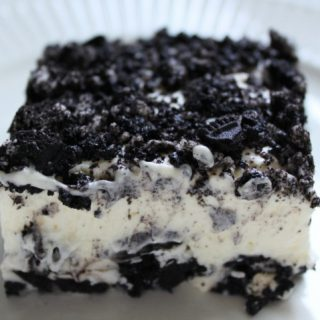 This no bake, quick and easy Oreo Dessert Recipe is sure to be a hit!