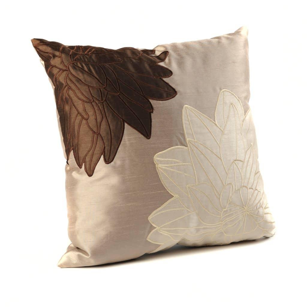 Kirkland S Favorites Giveaway: Kirkland's Offering Beautiful Fall Items {Giveaway}