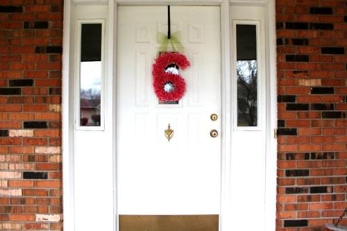 cupcake wrapper door number