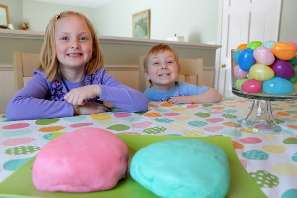 kids-playdough