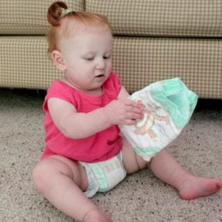 Huggies Are On The Move – Huggies Little Movers Slip-On Review