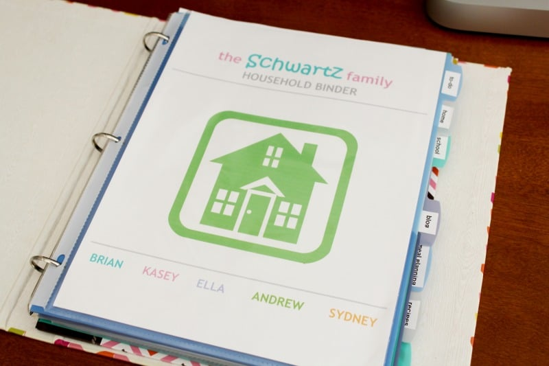 Create a household binder to keep your family organized!