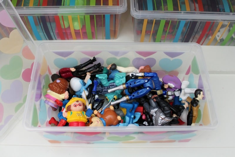 Bins for toys help kids put things back!