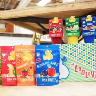 Little Duck Organics: Tiny Fruits & Mighty Oats {Giveaway}
