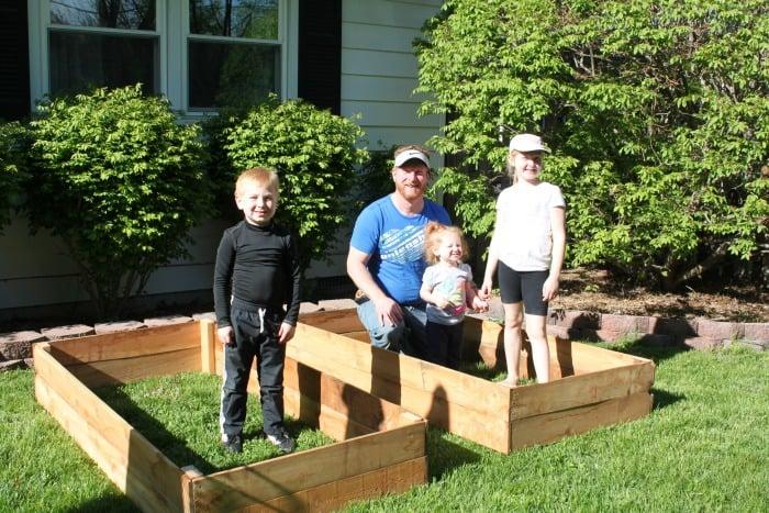 DIY Raised Vegetable Beds for under $30!