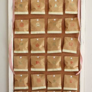Create A Vintage Advent Calendar