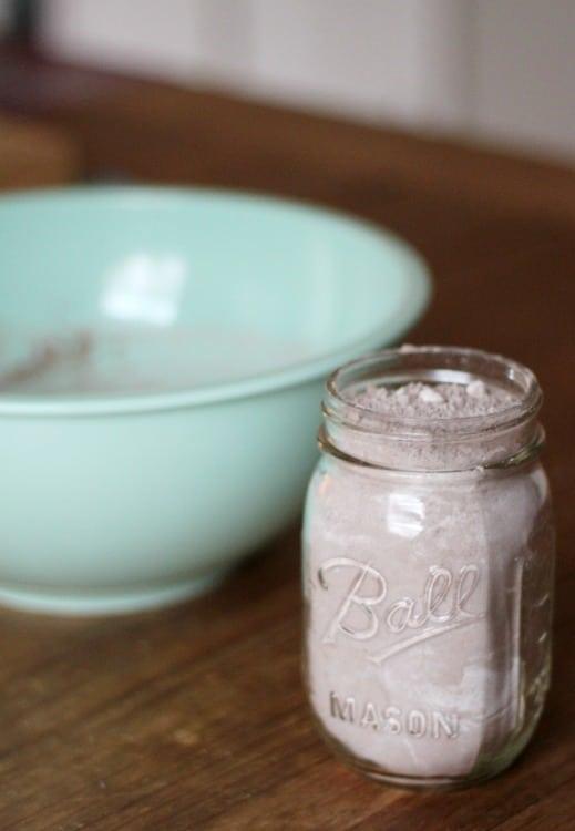 Hot Cocoa in Mason Jar gifts!