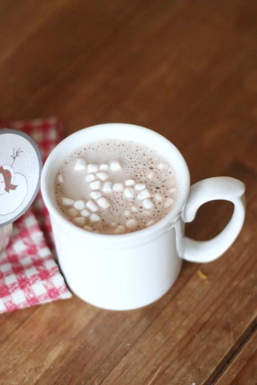 Homemade Hot Cocoa in Mason Jar Gifts!