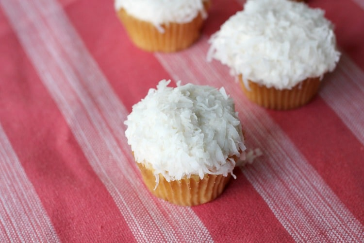 These Coconut Cream Cupcakes are delicious and so easy to make!