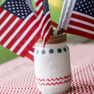 4th of July Mason Jar Centerpieces