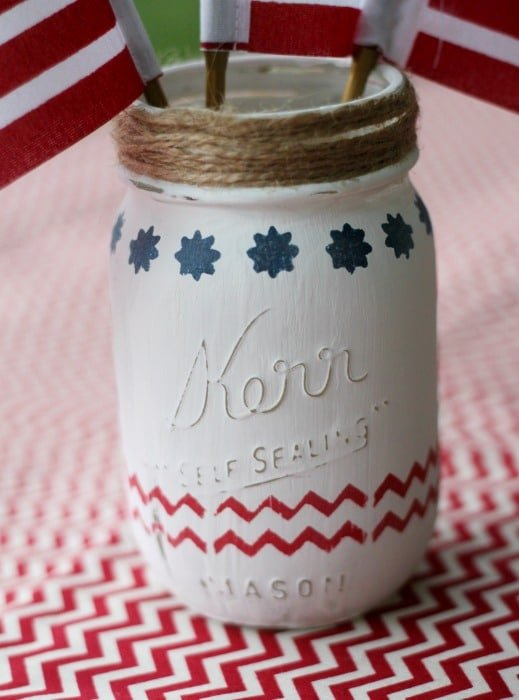 Here's an easy 4th of July Mason Jar Centerpiece idea that is easy to make, budget friendly and super cute!
