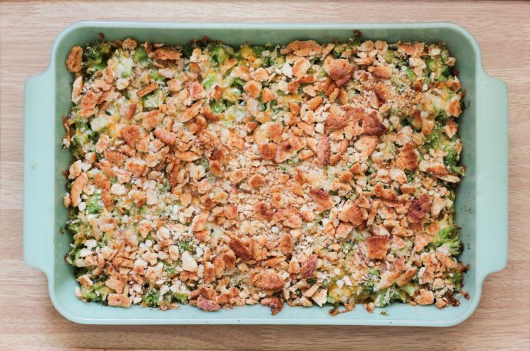 Super easy and only a few ingredients, which makes this Broccoli Casserole the perfect side dish for back to school nights!