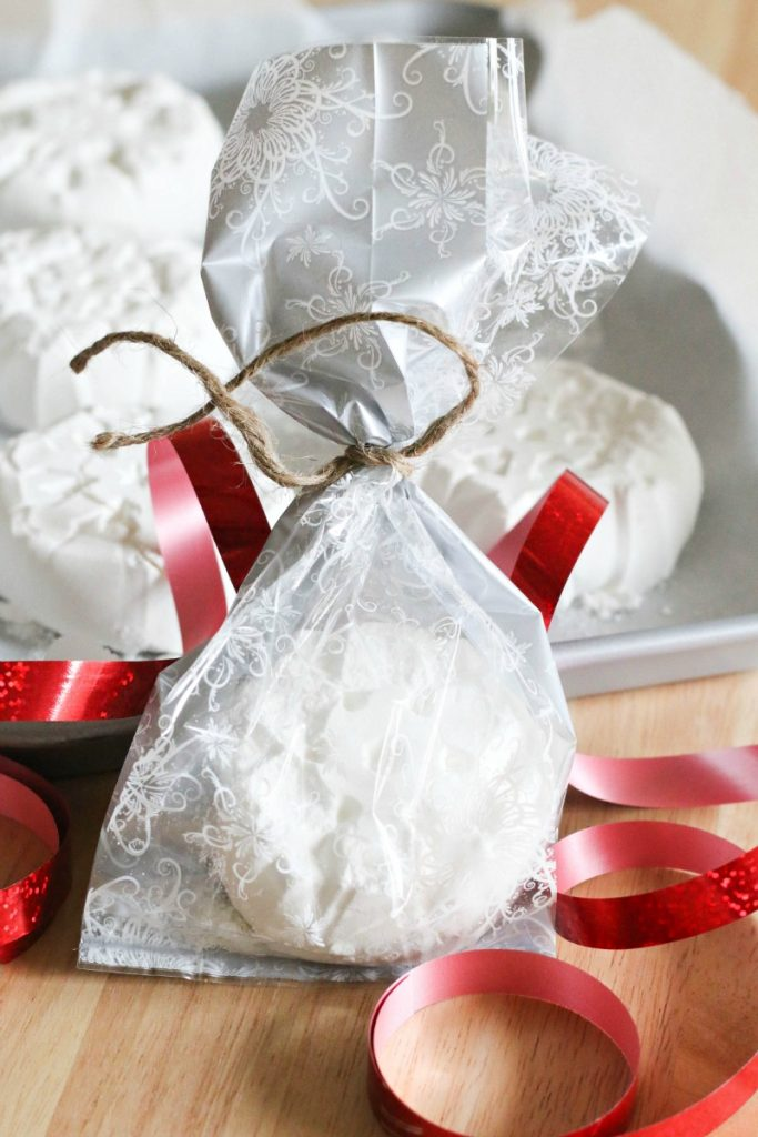 Festive Bath Bombs make the perfect gift!