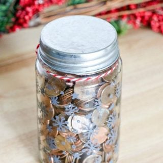 6 Ways To Give Back This Holiday Season