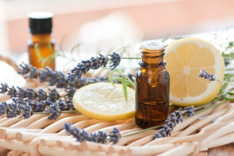 34 Ways to use Lemon Essential Oil