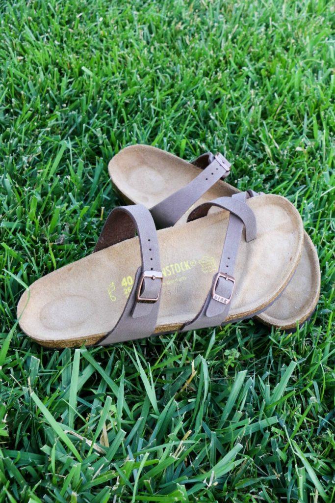famous-footwear-4