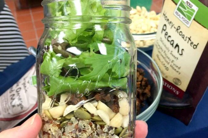 mason.jar.salad