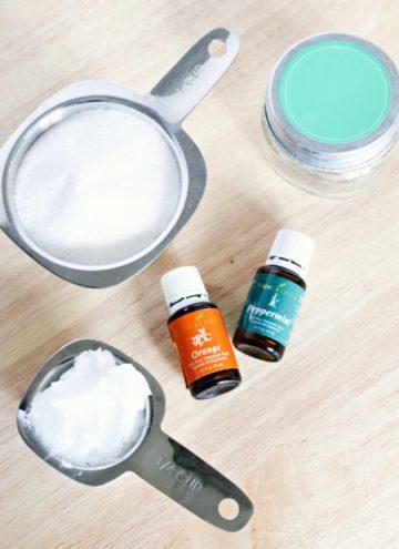 How To Make Homemade Coconut Sugar Scrub
