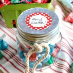 How to Make Merry Kissmas Gift Jars