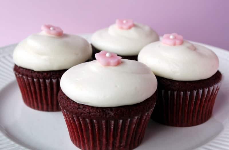 Why Add Vinegar To Red Velvet Cake