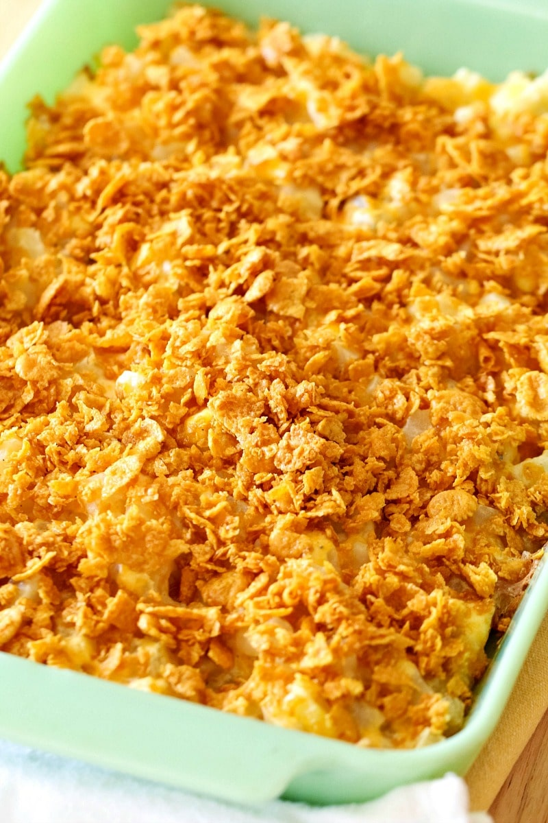 cheesy potato casserole, cheesy potatoes, casserole, cheese, cheesy potato recipe, how to make cheesy potatoes, how do you make cheesy potatoes, ingredients for cheesy potatoes