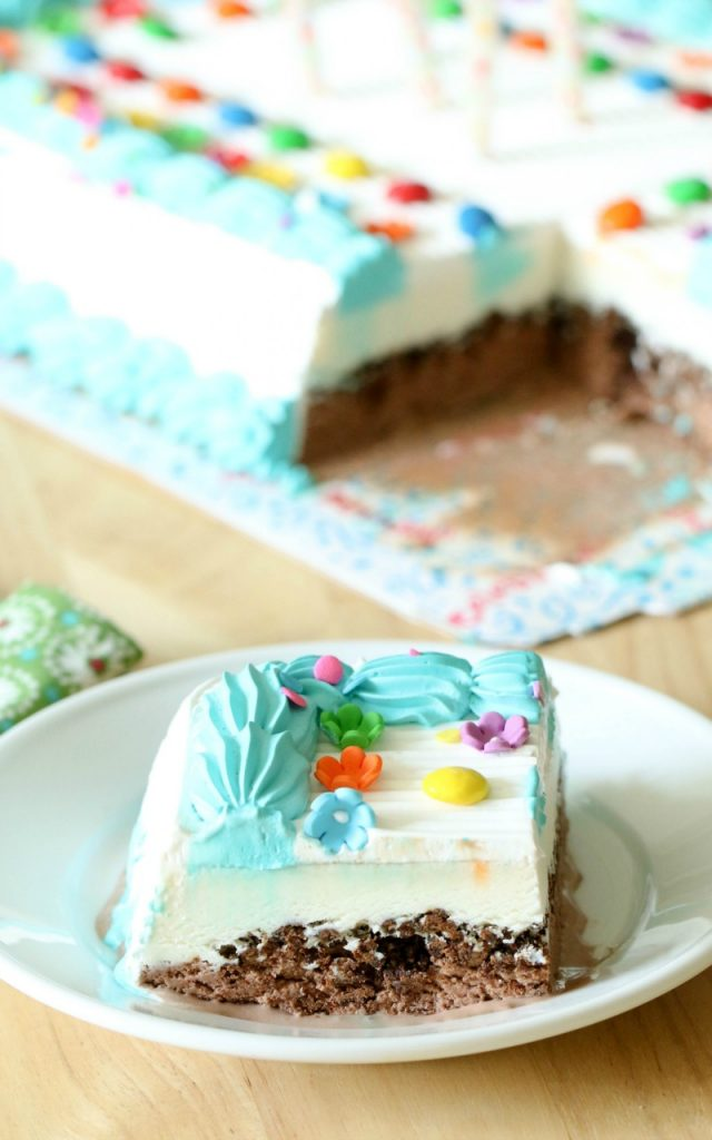 Summer Cake Break With Carvel Ice Cream Cakes All Things Mamma