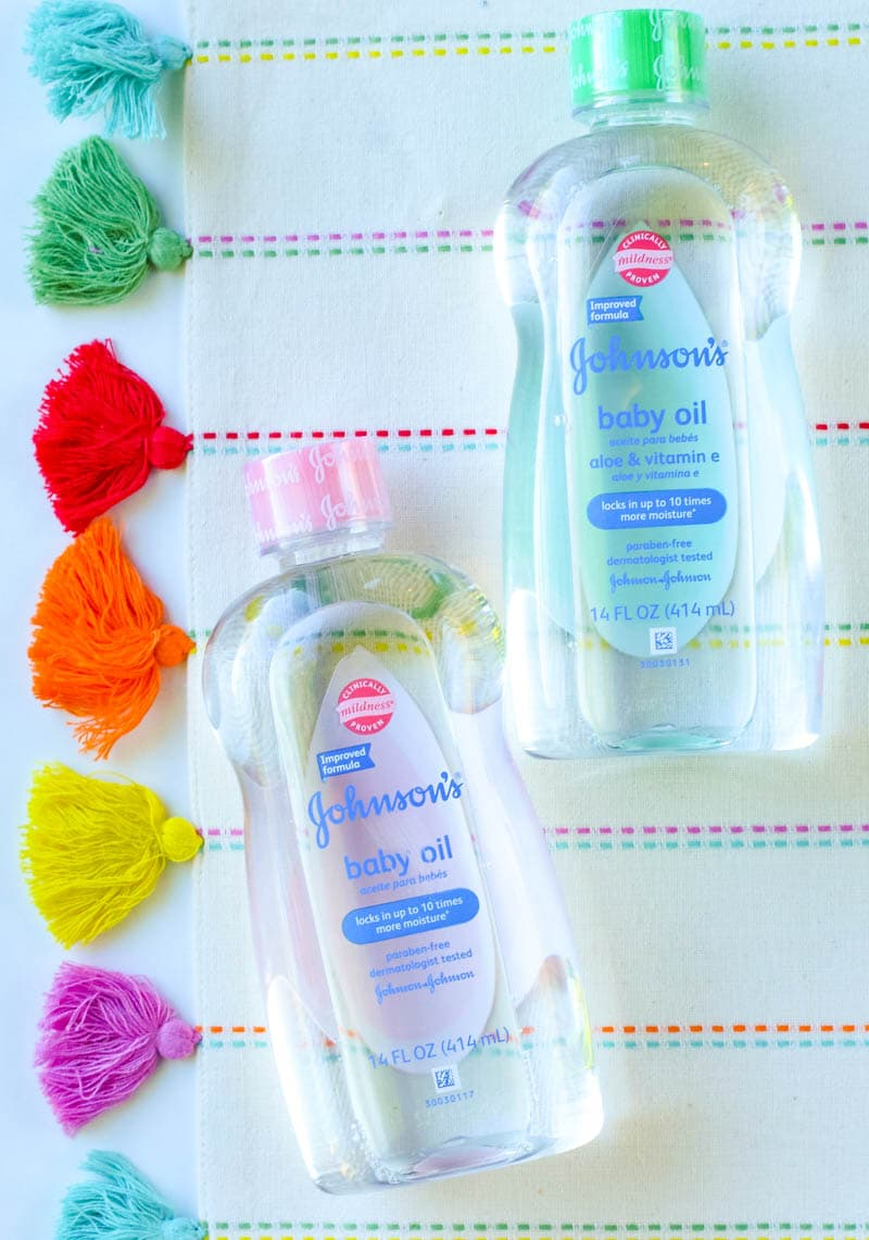 15 Beauty And Hacks For Using Baby Oil