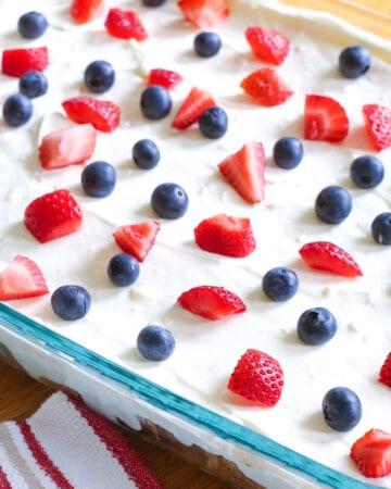 No Bake Oreo Cheesecake Dessert