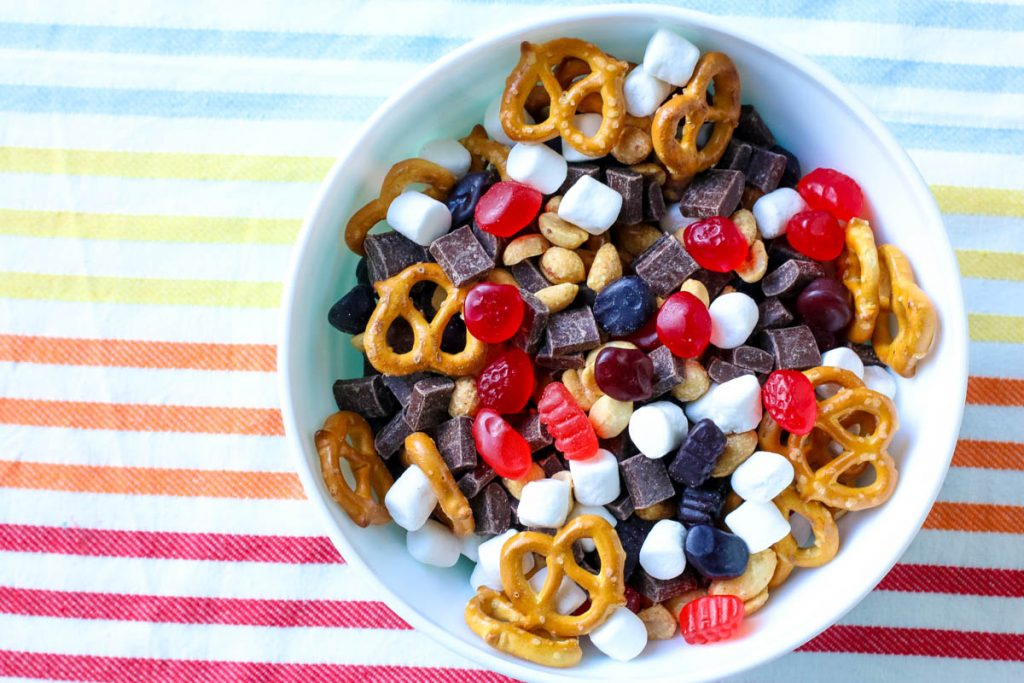 snack mix, kids snack mix, welch's fruit snacks