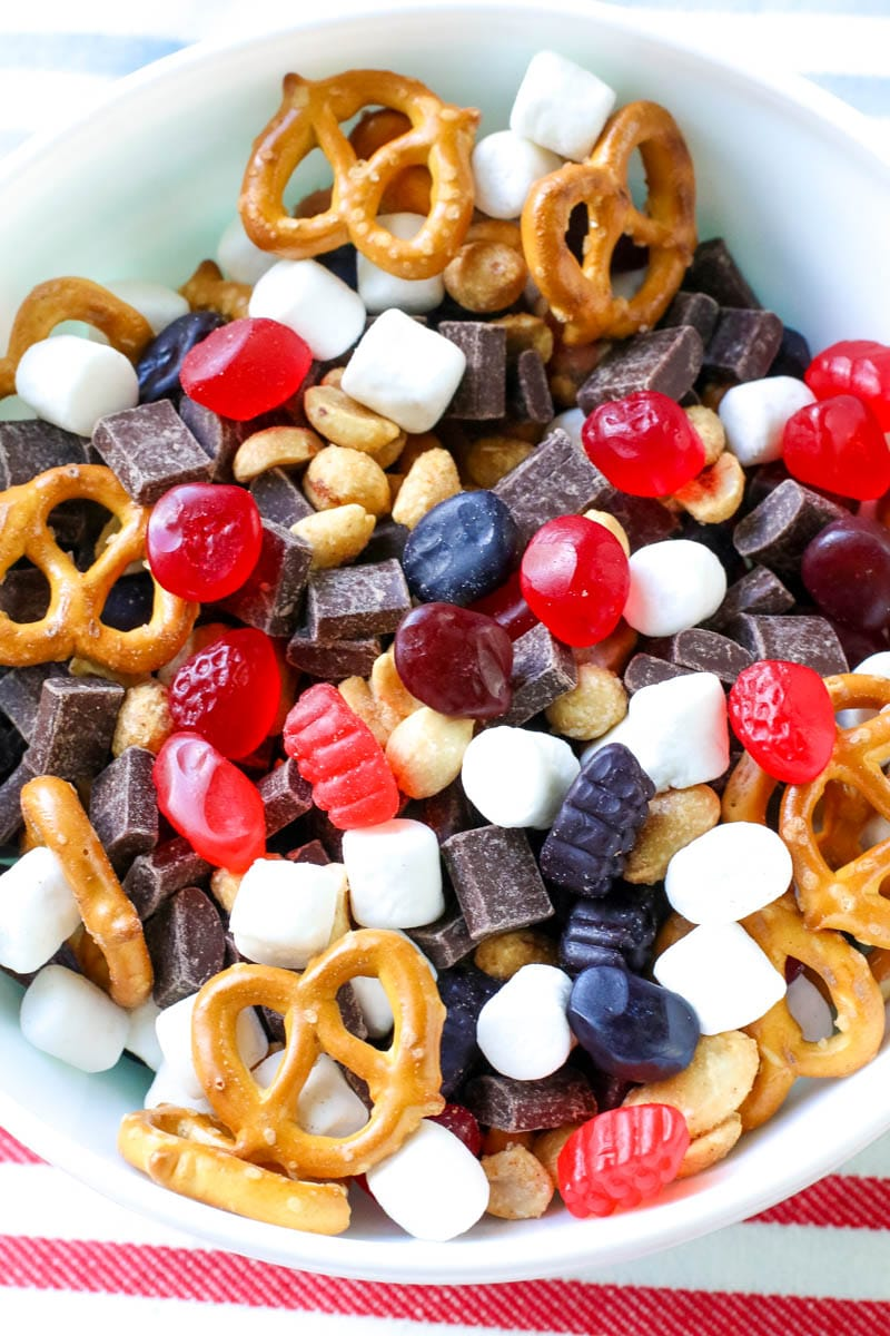 snack mix, kids snack, welch's fruit snacks