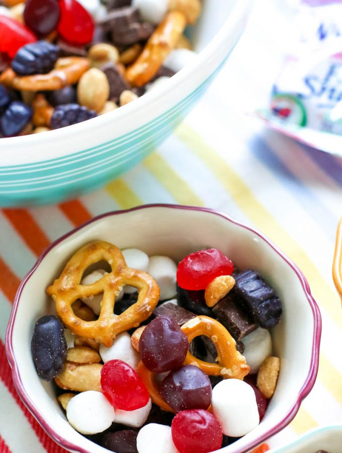 Kid-Pleasing Snack Mix Recipe