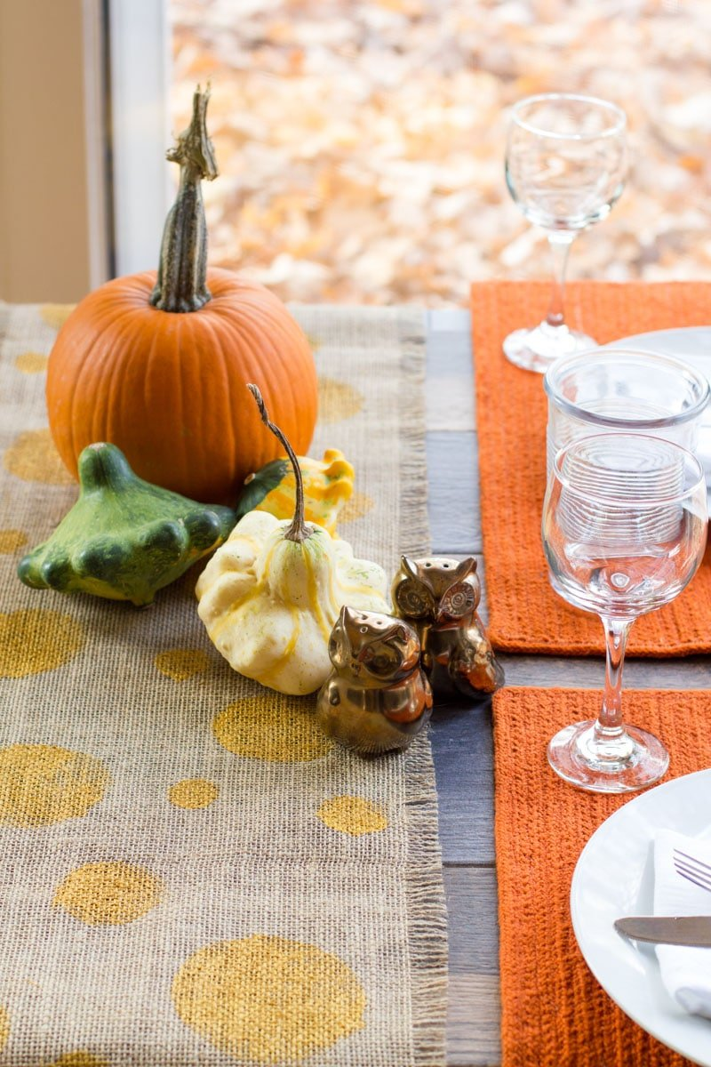 Thanksgiving Decorations - No Sew Burlap Table Runner