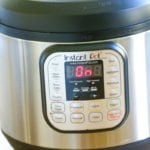 Learn how to use the Instant Pot with these Tips and Tricks. Maximize the way you use your Instant Pot with all these tips and tricks for beginners to advanced. | #InstantPot #Tips #Tricks #HowToUse