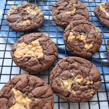 Peanut Butter Chocolate Cake Mix Cookies