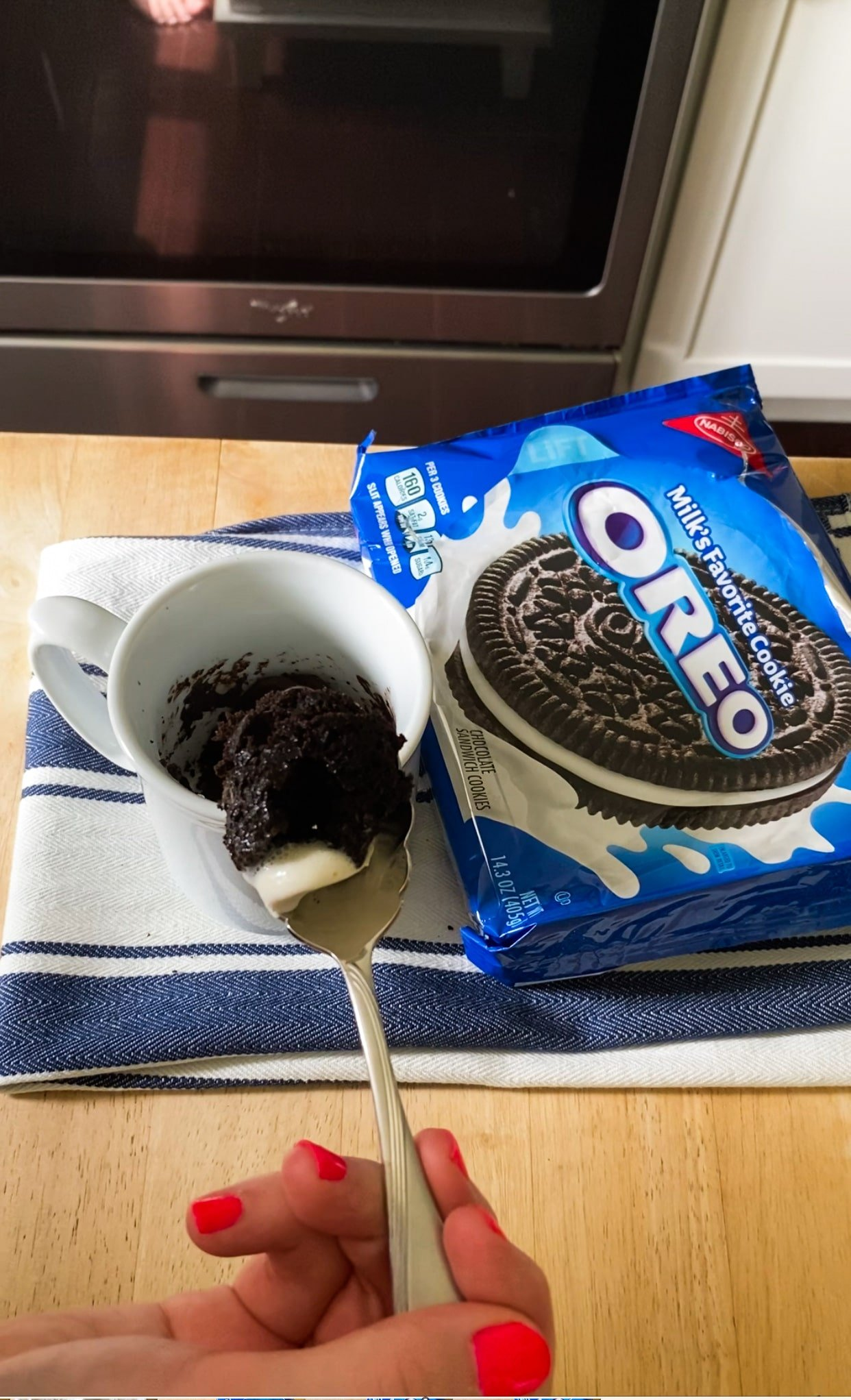 This Viral Oreo Mug Cake Recipe From Tiktok Is The Bomb You Only Need 2 Ingredients