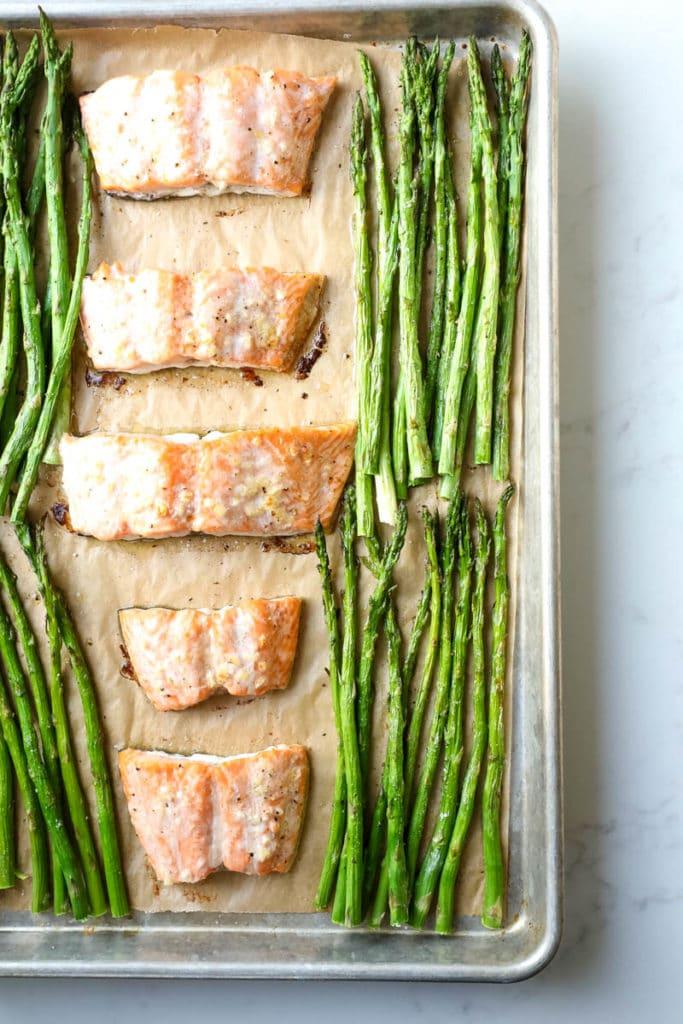 baked salmon recipe on sheet pan