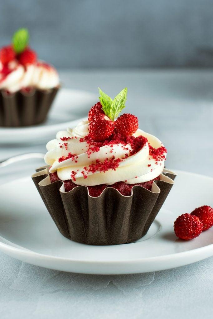 cupcake hack from box cake mix