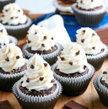 delicious s'mores cupcakes