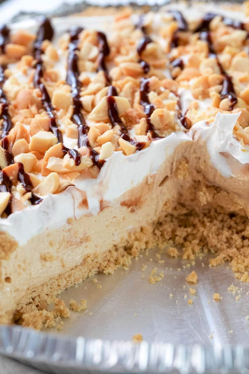peanut butter pie in pan