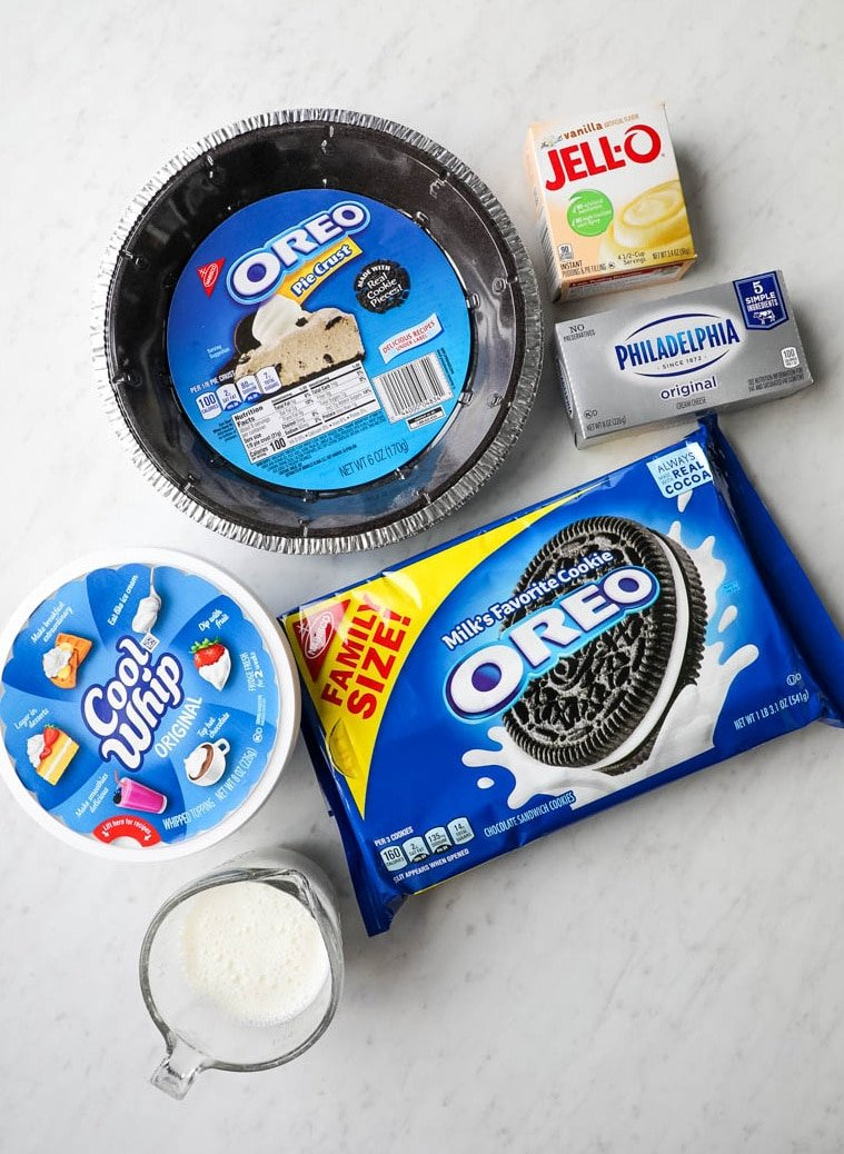 oreo pie ingredients on a table